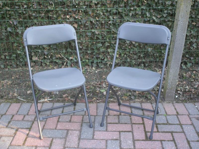 Partyplaza meubilair stoelen for Meubilair plaza huizen