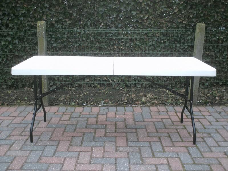 partyplaza meubilair tafels